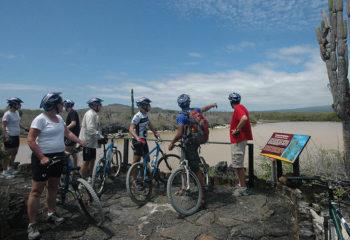 bikers-on-galapagos-islands-870x510